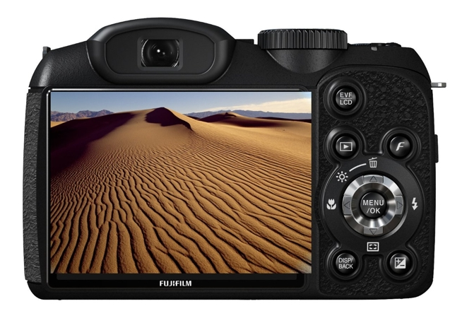 Fuji FinePix S2500HD